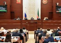 Во вторник Дмитрий Песков дал оценку решению Госсовета Татарстана, отказавшегося поддержать федеральный законопроект, запрещающий главам российских регионов именоваться президентами