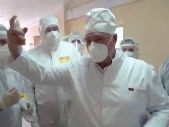 Президент Белоруссии Александр Лукашенко 26 октября побывал в Лидской больнице