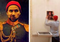 Государственный Эрмитаж обратился в прокуратуру с просьбой проверить действия мужчины, который разместил на стене Военной галереи 1812 года в Зимнем дворце собственный портрет