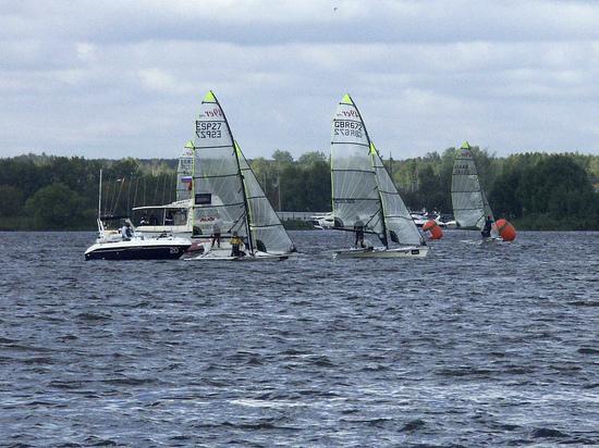 Блики солнца на воде сгубили девушку, упавшую с яхты и утонувшую  на Клязьминском водохранилище