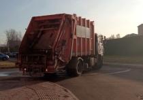 Регоператор потребовал повысить тарифы на вывоз мусора на правом берегу Красноярска