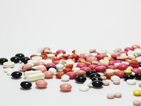 Витамин B12 и фолиевая кислота могут повышать риск развития рака, сообщает Daily Express