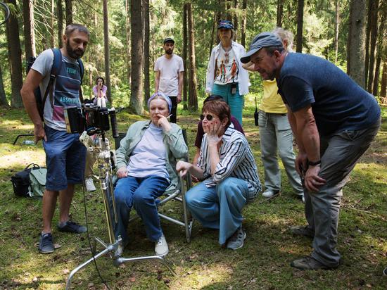 Кинорежиссер Лариса Садилова после премьеры «Однажды в Трубчевске» на Каннском кинофестивале приступила к съемкам новой картины «Огород»