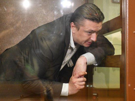 В среду присяжные оправдали экс-главу Раменского района Андрея Кулакова, обвиняемого в убийстве любовницы Евгении Исаенковой