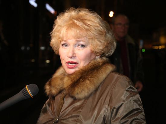 Людмила Нарусова опубликовала открытое письмо дочери Ксении Собчак