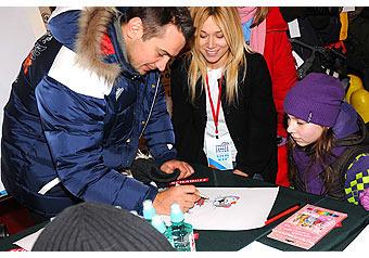 Олимпийский призер Дмитрий Носов собрал друзей-знаменитостей для общения с сиротами