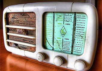 Слушать радио в столице станет дешевле