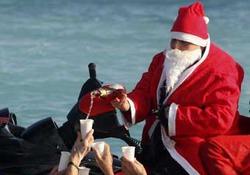 Санта в темных очках
