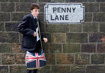 Незнание английского мешает юным британцам устраиваться на работу