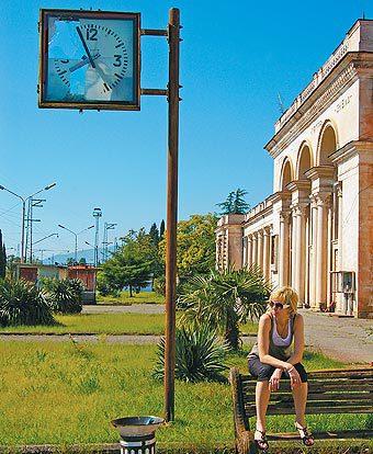 Абхазия — одно из немногих мест в мире, где нас не терпят, а обожают