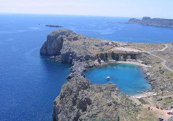Во время беспорядков в Афинах на островах Эгейского моря тихо, как в раю