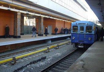 Пассажиры метро начали избивать кавказцев