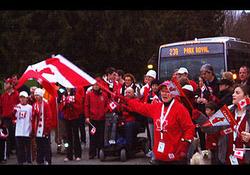 Эстафета Олимпийского огня побывала в Северном и Западном Ванкувере