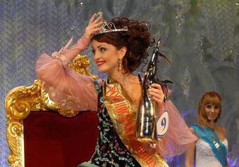 Бизнес-леди из Ставрополья победила на «Миссис Россия 2009»