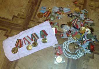 Преступников, похитивших боевые награды отцов у жителей подмосковного Солнечногорска, задержали на днях стражи порядка
