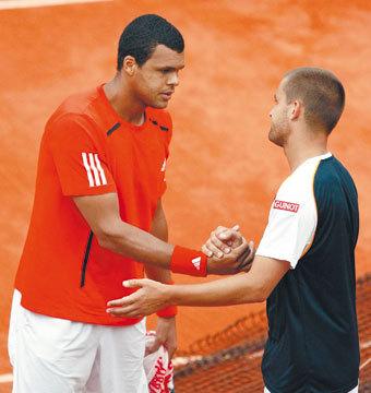 """Южный — в четвертьфинале """"Ролан Гаррос""""-2010, а Цонга довел тысячи французов до слез"""