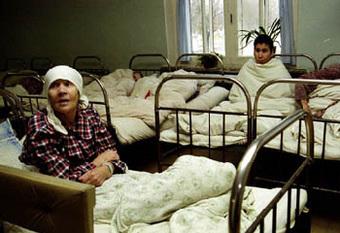 Кабинеты и клиники для помощи людям, страдающим наркоманией и алкоголизмом, запретят размещать в жилых домах