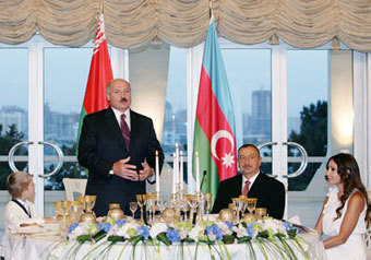 Чета Лукашенко: мальчик и… еще мальчик