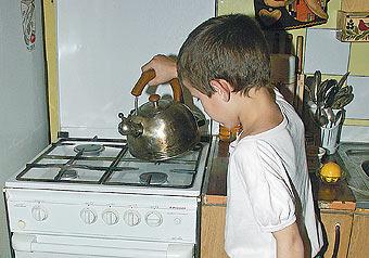 Более трети газовых плит в жилых домах Москвы выработали свой ресурс и требуют срочной замены