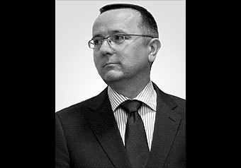 Вторым неизвестным в кабине самолета Качиньского был глава диппротокола МИД Польши