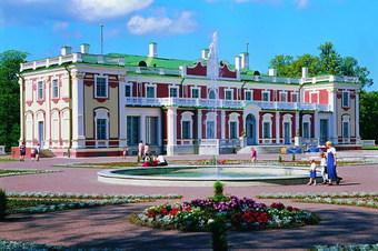 Бывший Дворец Петра I на Яузе, что на 2-й Бауманской улице, в котором сейчас располагается Российский государственный военно-исторический архив, отреставрируют в ближайшее время специалисты