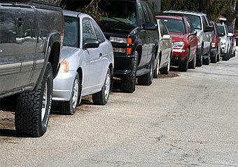 Попытка припарковаться у ворот посольства Республики Перу обернулась в пятницу дорожным инцидентом для чрезвычайного и полномочного посла этого южноамериканского государства госпожи Марты Толедо-Окампо Уренья