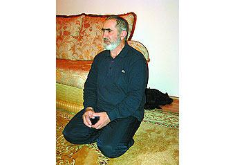 До терактов Джаннет Абдуллаева гостила в селе Балахани у Марьям Шариповой, отец которой не осуждает ее поступок