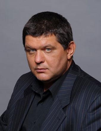 Умер Антон Суриков