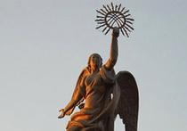 Статуя Свободы пострадала за лицо