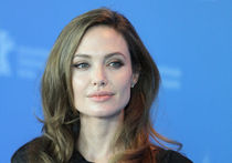 Тетя Анджелины Джоли умерла от рака груди