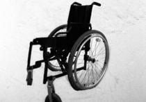 Инвалидов в аэропорту станут носить на руках