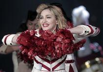 Мадонна хоть и гастарбайтер, но налоги заплатила