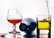 Суррогатныи алкоголь приплыл из Кипра?