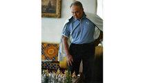 Назарбаев скушал елбасы