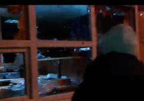 Народный сход в Арзамасе перерос в антимигрантские беспорядки. Десятки задержанных