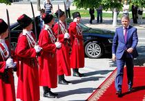 Что разжигает губернатор Ткачев?