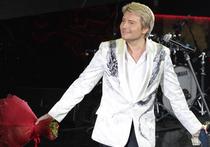 Баскова уволили из театра, зато взяли еще на одно телевидение