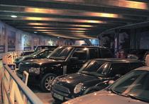 Автомобилям место под мостом