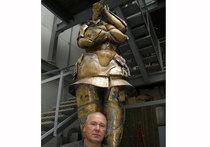 Несущий скульптуру в массы