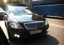 Неизвестные расстреляли машину блогера Терновского