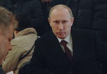 «Femen» оголились на участке Путина