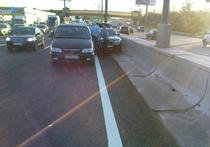 После аварии пассажиры авто с мигалкой продолжили путь в полицейской машине