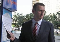Навальный не сел рядом с Пауком, а муниципальных депутатов обвинили во взятках