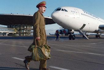 """Старейший фельдъегерь страны: """"ЗаВорошиловым приходилось гоняться нарейсовом автобусе"""""""