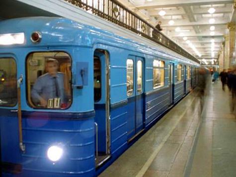 90 тысяч рублей компенсации получит от метрополитена 75-летняя москвичка Александра Царева, упавшая в вагоне метро