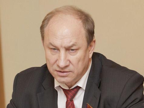 Зампред ЦК КПРФ, депутат Госдумы Валерий Рашкин резко осудил выпад Исаева против