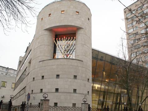 Малолетнему посетителю синагоги изуродовали лицо