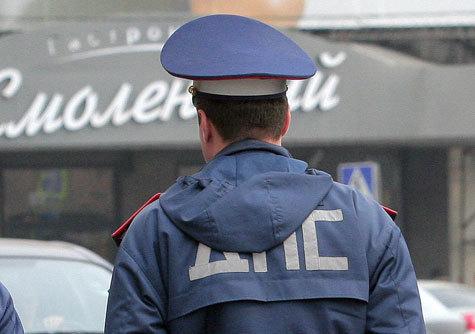 Законопроект, переводящий ПДД в статус закона, торпедируется гаишным ведомством под совершенно надуманными, казуистическими предлогами.
