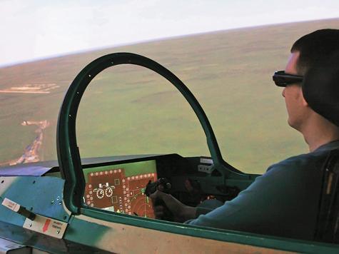 Корреспондент «МК» насебе испытала новейший имитатор, предназначенный для подготовки пилотов