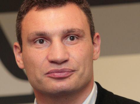 Виталий Кличко ради депутатского мандата готов драться бесплатно